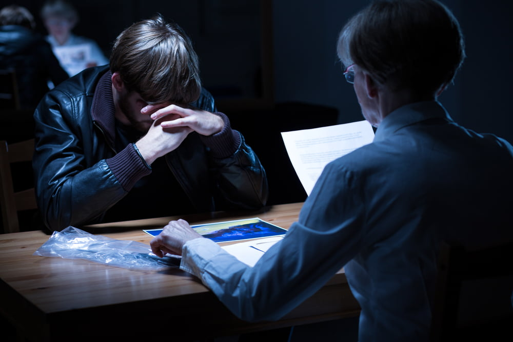 חקירה פלילית: עשר הטעויות שיגרמו לך לשבת בכלא